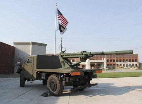 衝撃の少ない技術を採用した軽量Hawkeye 105-mm榴弾砲