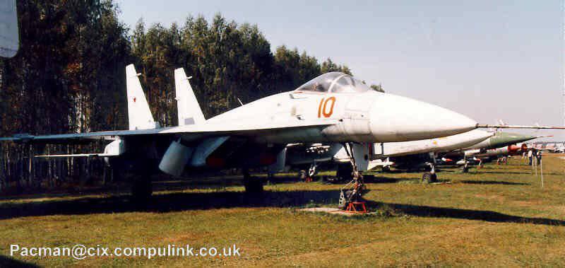 http://topwar.ru/uploads/posts/2012-02/1328713240_Su-T-10-1.jpg