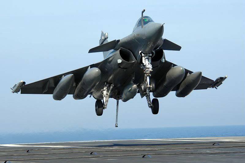 2008-2011 में लड़ाकू विमानों के निर्यात में रूस अमेरिका से आगे है। और 2012-2015 में अग्रणी स्थान बनाए रखें।