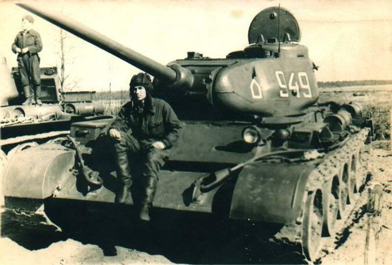 Достойная смена танка Т-34 – Т-44