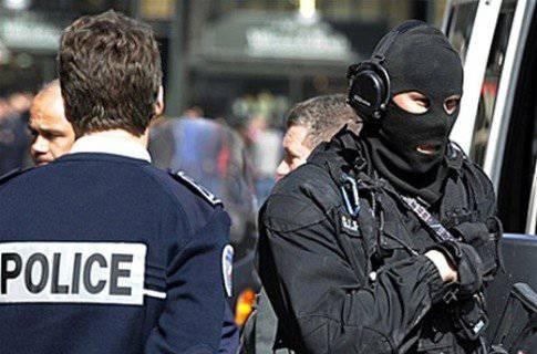 I rapporti suggeriscono che lo sparatutto di Tolosa era un agente dell'intelligence francese