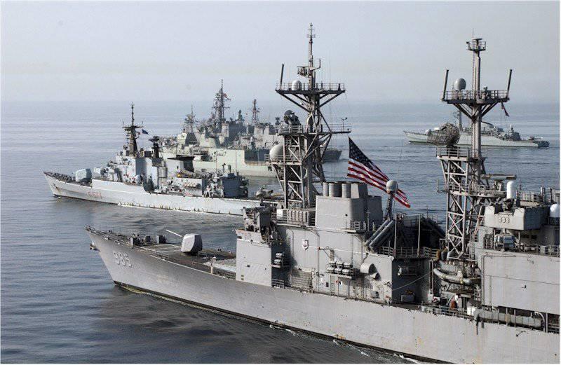 आधुनिक अमेरिकी नौसेना की नींव