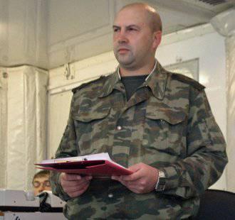 El infame jefe de personal del Distrito Militar Central, el general Surovikin, destituido de su cargo