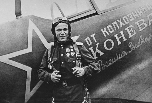 Иван Никитович Кожедуб и его истребители – Ла-5 и Ла-7
