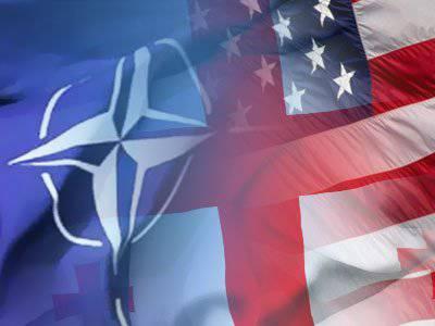 НАТО водит Саакашвили за нос