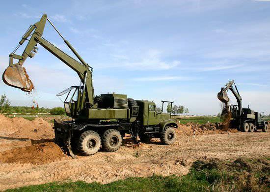 2012에서는 60 단위의 최신 공학 장비가 전략 미사일 군대에 전달 될 것입니다