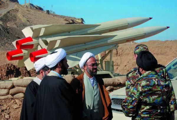 Иран: войны не будет, если аятолла пообещает не делать атомных бомб