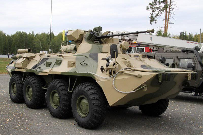 Казахстан заказал у России крупную партию БТР-82