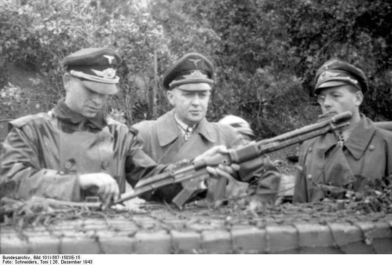 http://topwar.ru/uploads/posts/2012-05/1336189343_Bundesarchiv_Bild_101I-567-1503E-15.jpg