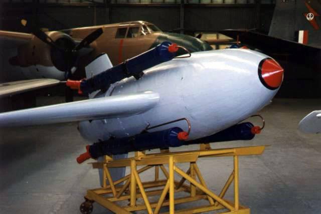 更换火焰:德国防空导弹项目。 第二部分