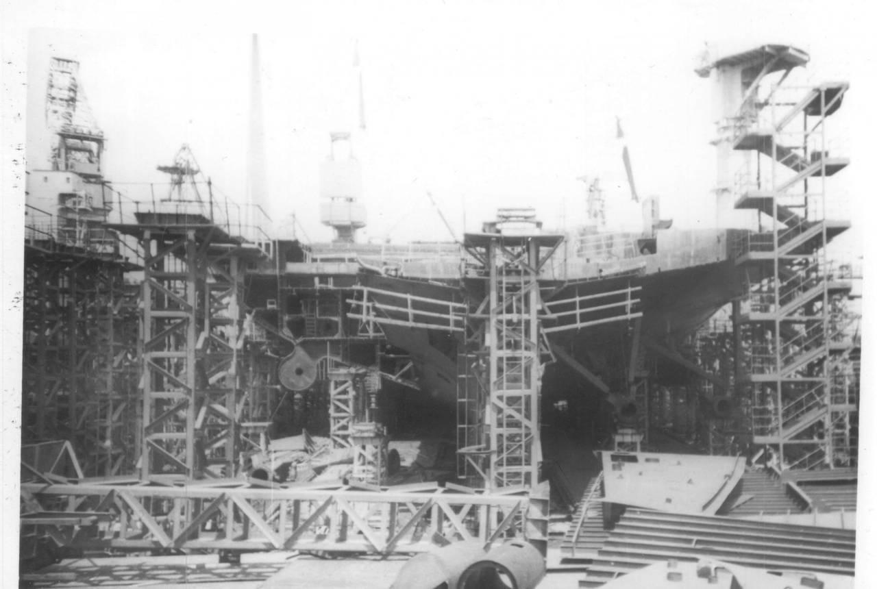 атомный авианосец ульяновск фото