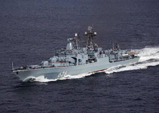 "BOD ""Kulakov 제독 제독""은 아덴 만에서 또 다른 호송선을 수행했습니다."