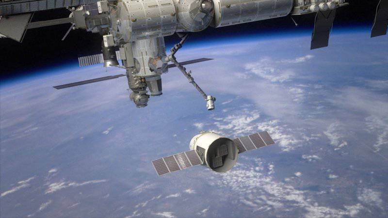 SpaceX Dragon, или Новая конкуренция в космосе