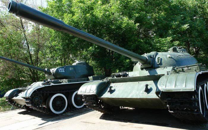 Запас хода танка равнялся 330