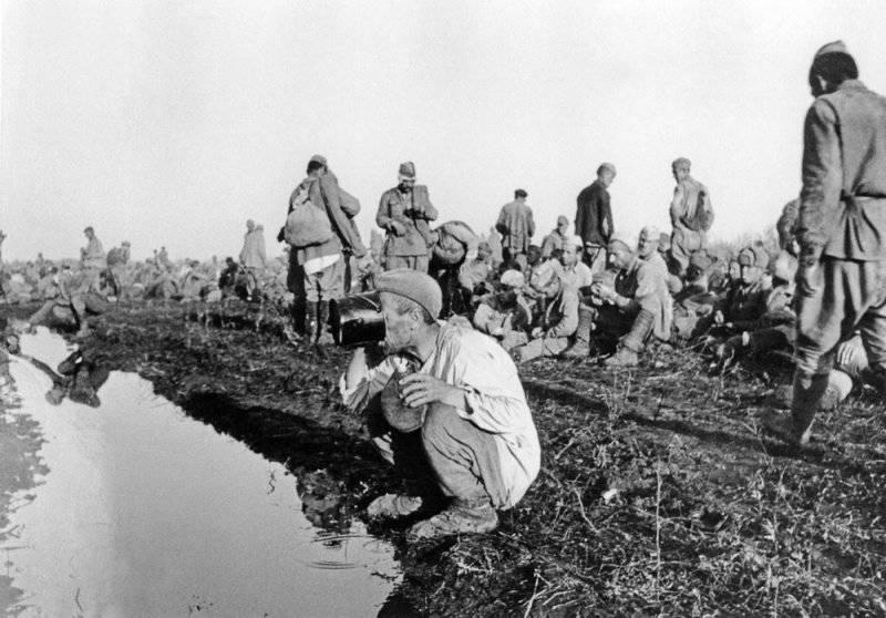 """""""Чёрный миф"""" о советских военнопленных: Сталин и Женевская конвенция"""