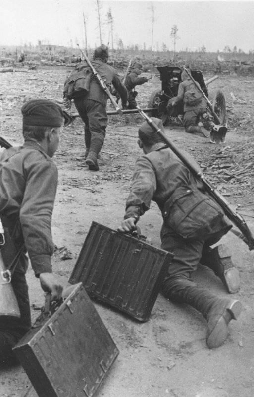 «Сорокапятка»,  45-миллиметровая противотанковая пушка образца 1937 года (53-К)