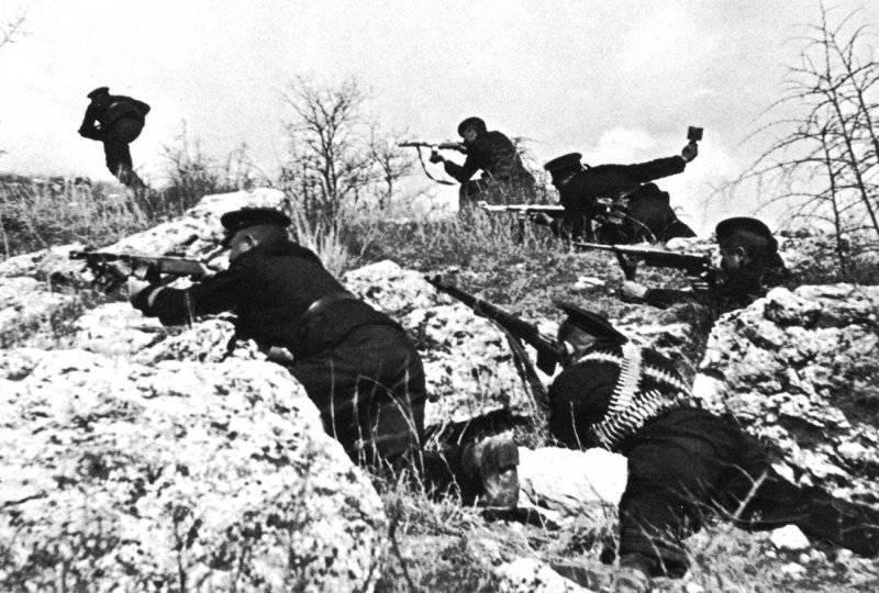 """""""Sturgeon Fishing"""" Operasyonu. Sevastopol'un yıkılmasının 70 yıldönümü. 2 bölümü"""