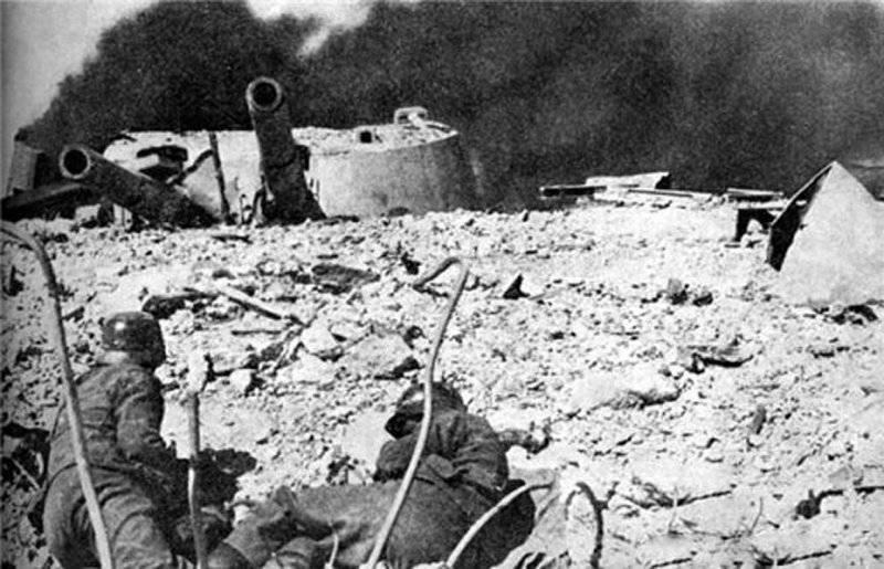 Sconosciute pagine di difesa di Sebastopoli: batteria costiera 35