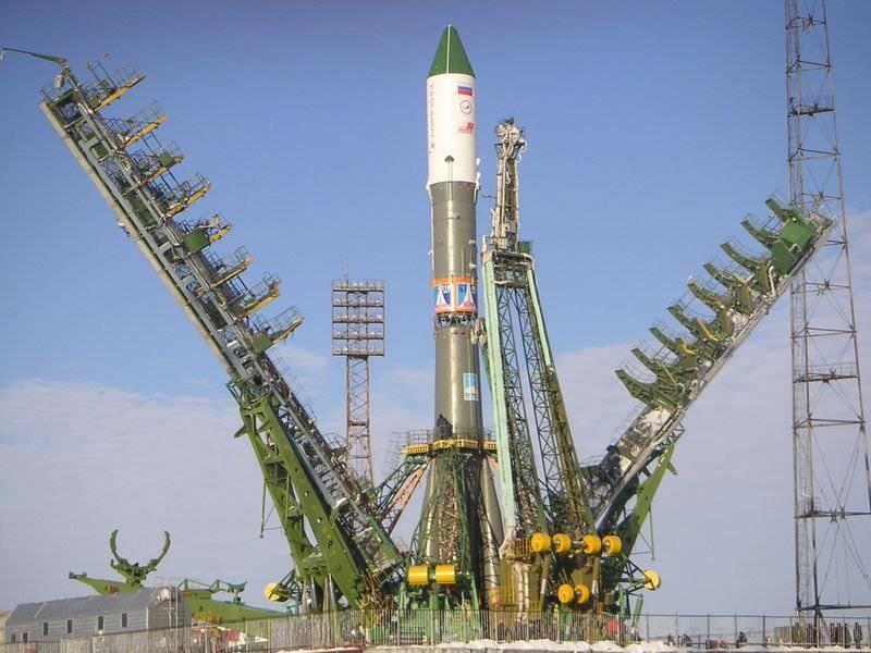 http://topwar.ru/uploads/posts/2012-07/1342785811_1.jpg