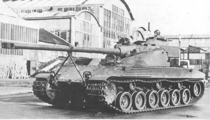 フランスの主力戦車のプロトタイプ -  Batignolles-Chatillon Char 25 t