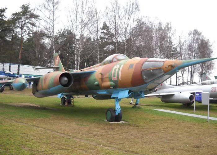 Yak-28  - ソビエト多目的戦闘機