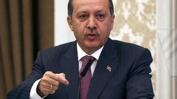 터키에서는 50 장군이 즉시 편파적입니다.