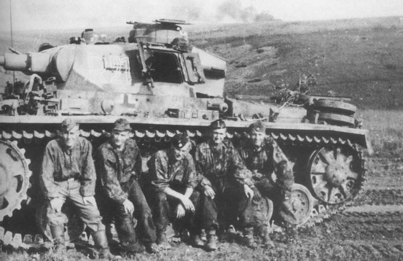 Бронетанковая техника Германии во Второй мировой войне. Средний танк Pz Kpfw III (Sd Kfz 141)