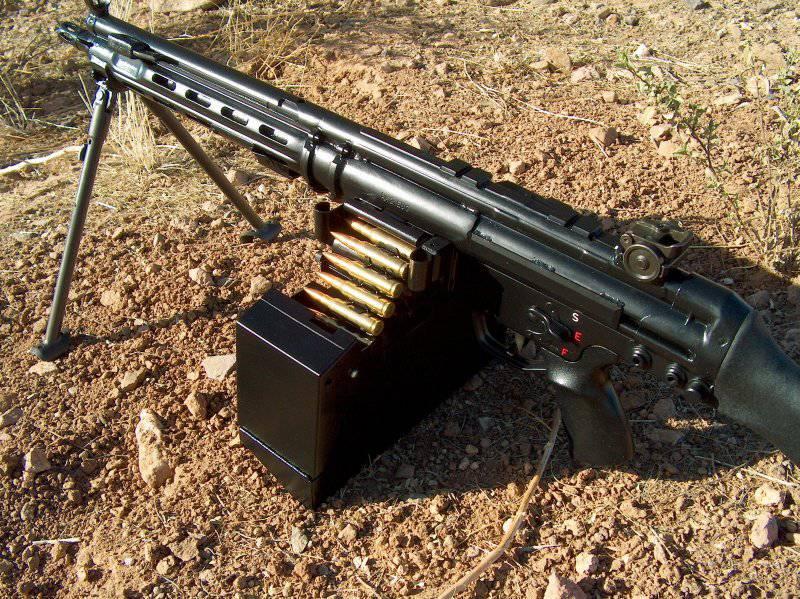 """Single / light machine gun """"Heckler und Koch"""" NK 21 (NK X NUMX) Germany"""