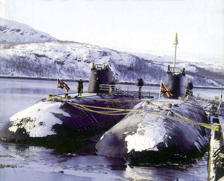 原子鱼雷和多用途潜艇。 项目671RTM