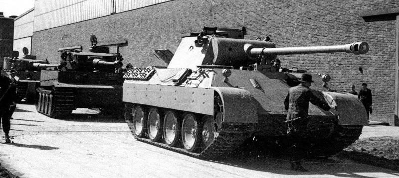 """Vehículos blindados de Alemania en la Segunda Guerra Mundial. Tanque mediano Pz Kpfw V """"Panther"""" (Sd Kfz 171)"""