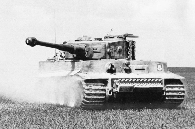 """第二次世界大战中德国的装甲车辆。 重型坦克Pz Kpfw VI Ausf H""""Tiger""""(Sd Kfz 181)"""