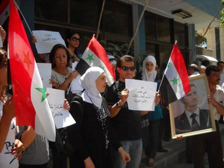 Héroes sirios del frente de información.