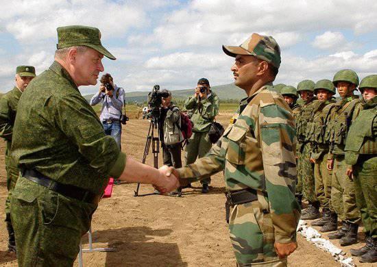 Exercício Indo-2012 Internacional Russo-Indiano concluído no local de testes de Burduny