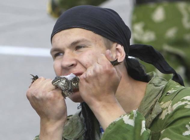 http://topwar.ru/uploads/posts/2012-08/1345232991_f404f37aed41672bd0ba6f2902ccf39a.jpg