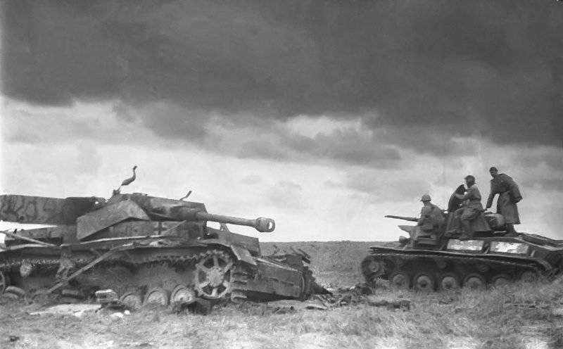 23 августа – День победы советских войск в Курской битве (1943)