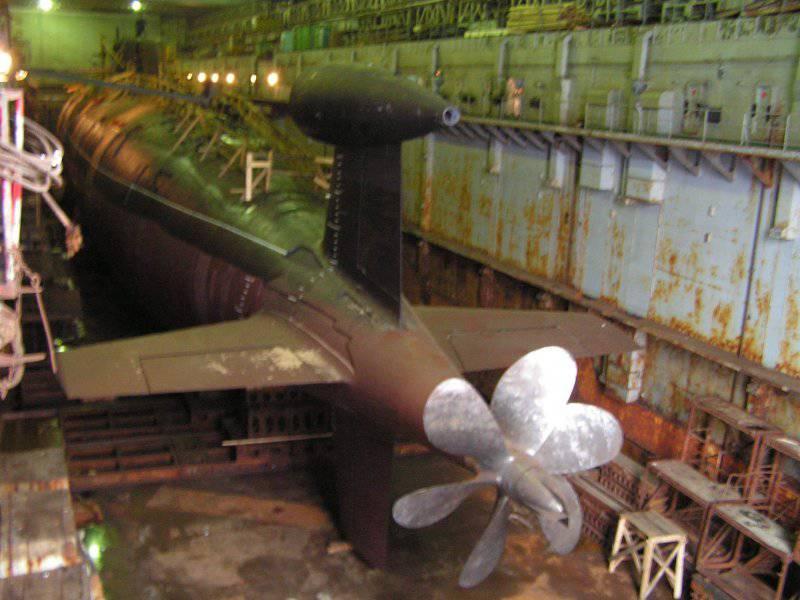 """Атомные торпедные и многоцелевые подводные лодки. Проекты 945 """"Барракуда"""" и 945А """"Кондор"""""""