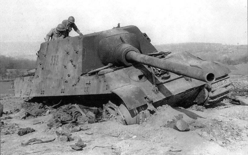 第二次世界大戦におけるドイツの装甲車 ジャグタイガー戦車駆逐艦(Sd Kfz 186)