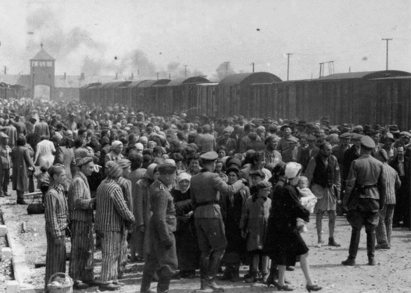 ファシズムの犠牲者のための記念日