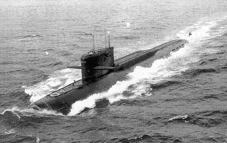 """Submarinos nucleares con misiles balísticos del tipo leninista. Proyecto 667-A """"Navaga"""" (clase Yankee-I)"""