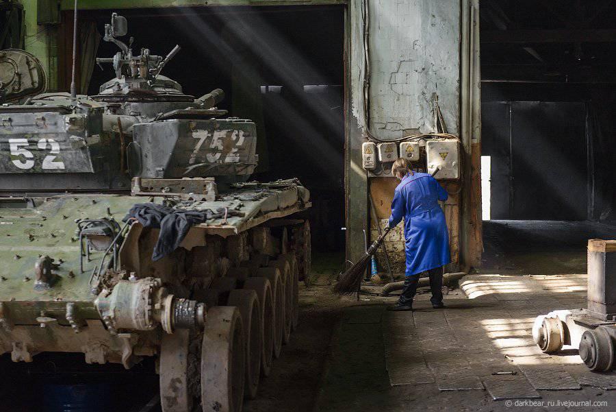 T-72B1 - Página 32 1347685689_dsc_3993.ezes0r