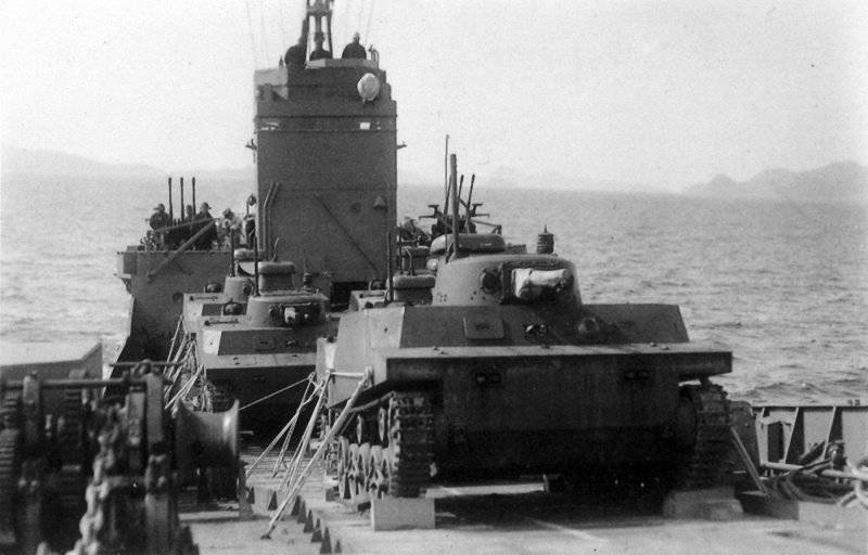 1348717954_japanese_amphibious_tanks_194