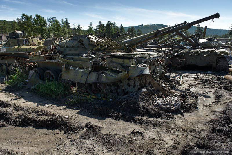 T-72B1 - Página 32 1347685601_dsc_4366.ezes10