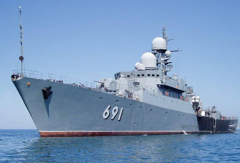この地域のロシアの海上経済活動の安全性を確保するための作業を行うために、カスピ海小艦隊の艦船が海上に向かった。