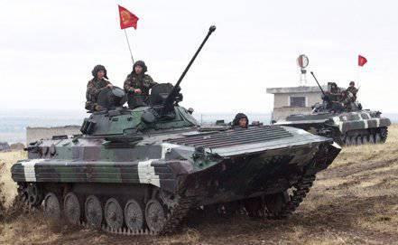 """演习""""牢不可破的兄弟会-2012""""-这是国家维持和平部队协调的开始"""