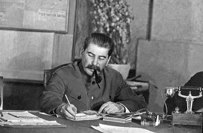 RCP(b)、シオニズムとスターリン