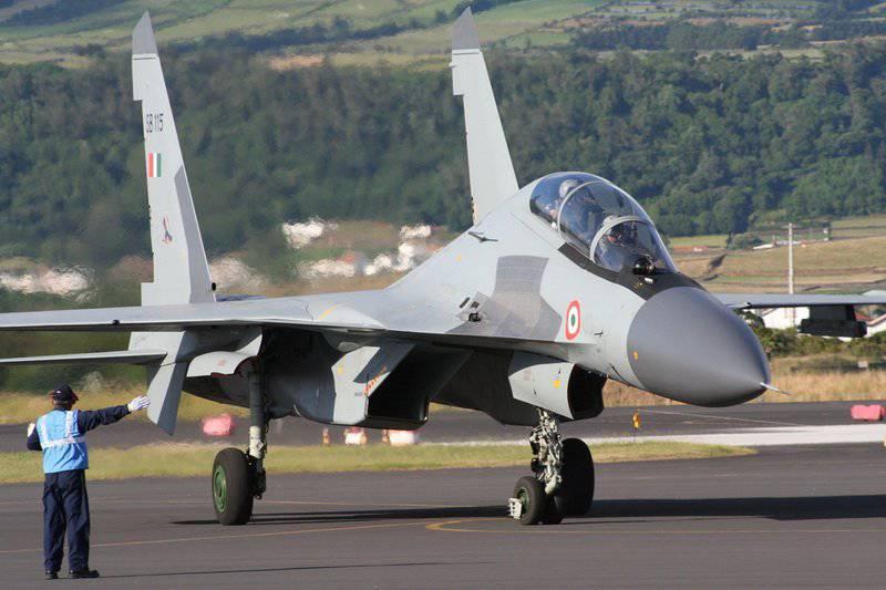 ロシアはインドといくつかの主要な軍事契約を結ぶことを望んでいる
