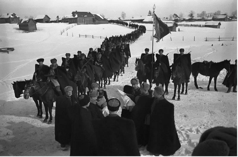 L. M。ドバトール - コサック騎兵の伝説的指導者