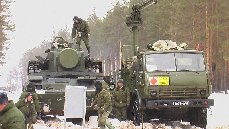 "Système de missile anti-aérien ""Tunguska"""