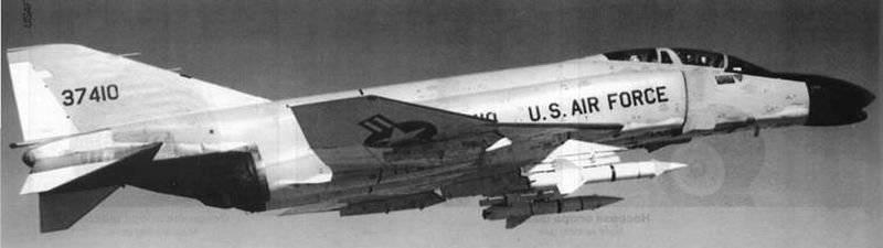 """ASM-N-7 """"Bullpup"""" (AGM-12): el primer cohete de aire a tierra de alta precisión guiado (EE. UU.)"""