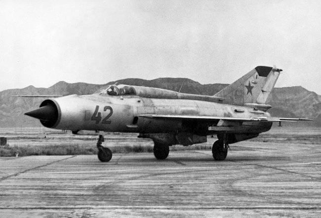 Lutadores experimentais de uma série E (part-1) ancestrais MiG-21